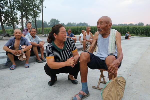 回报村民援助,太康冯锦霞投资百万建敬老院献爱心