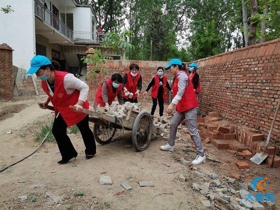 太康县:志愿服务助力脱贫攻坚